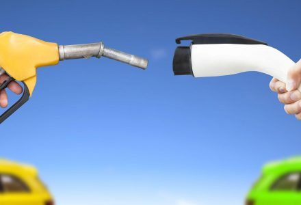 Electric vehicle charging vs gasoline e1484590338347 resize1200252 C628quality82stripallssl1